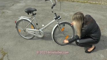 Ride bicycle flat