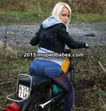 Moped hopping