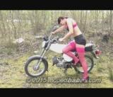 Moped kicks